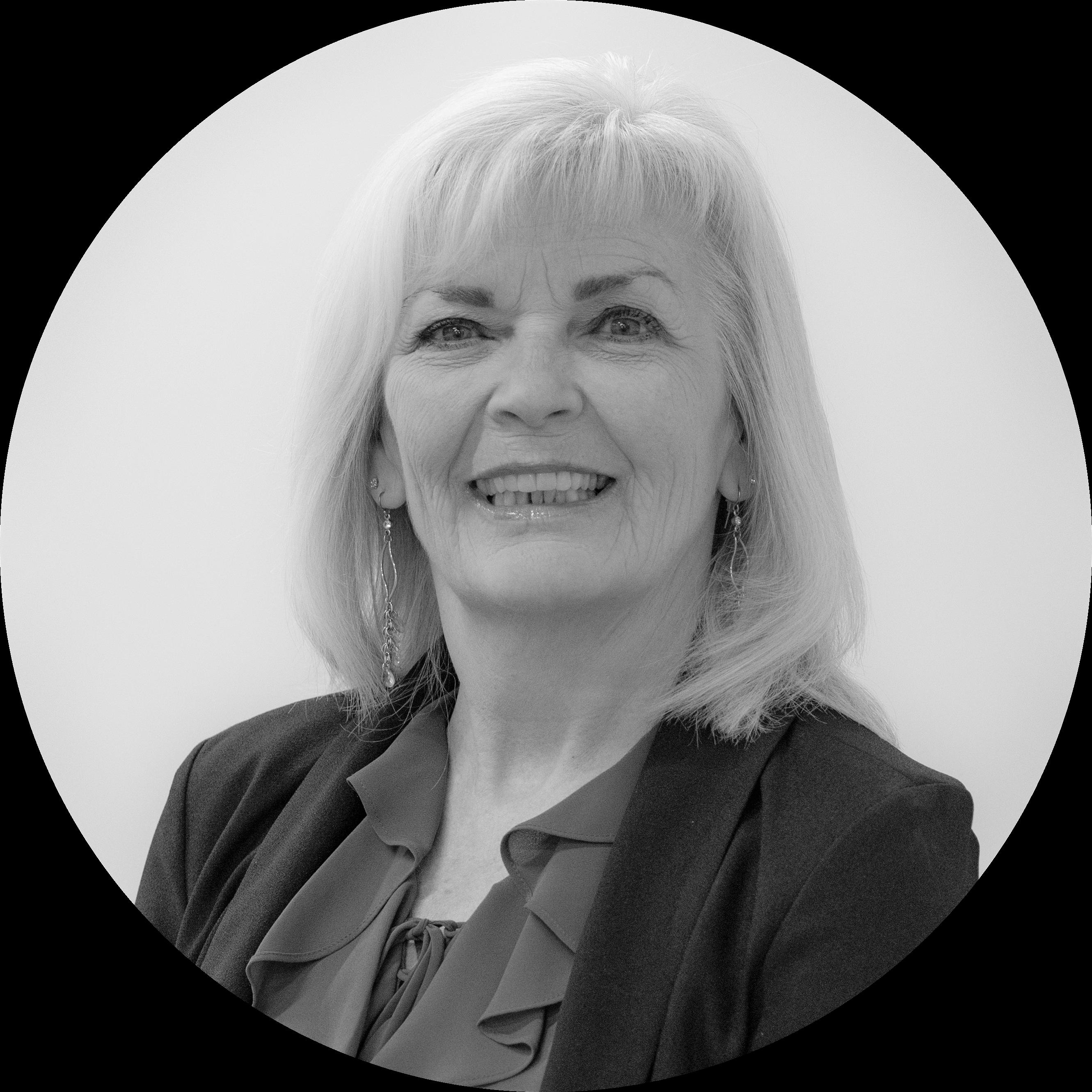 Sharon Headshot 2021 (4)